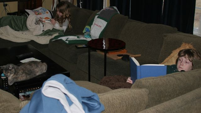 Kids on couch cropped